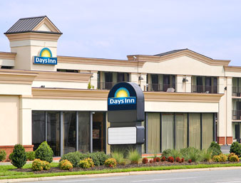 Days Inn - Hampton Virginia
