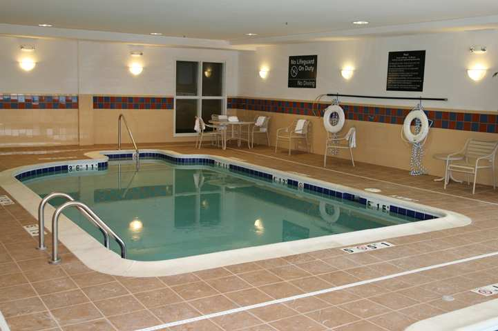 Hampton Inn - Warrenton