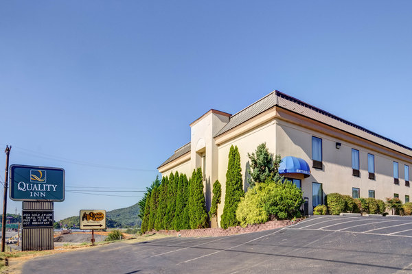 Holiday Inn Express Hotel & Suites - Roanoke-Northeast (Troutville)